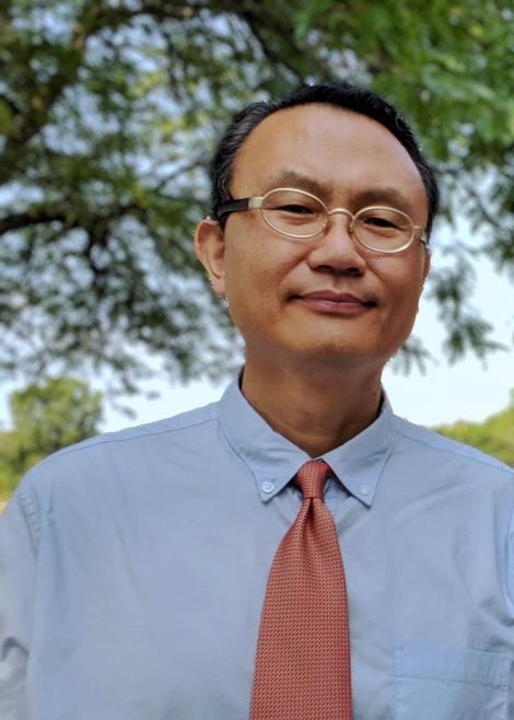 Dr. Yongbeom Hur