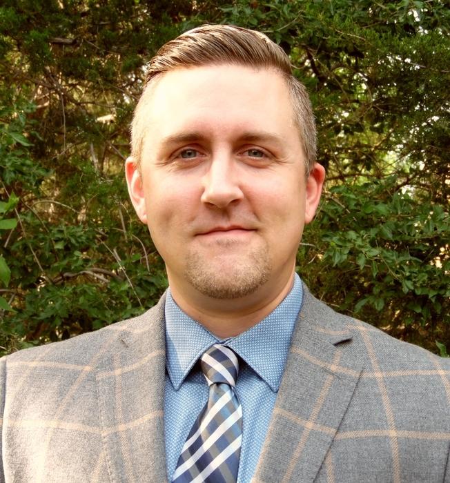 Dr. Paul Lucas